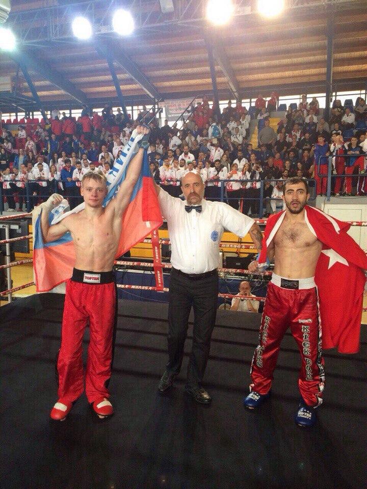С 20 по 27 ноября в глутраки греция прошел чемпионат европы в разделах фулл контакт, поинтфайтинг, кик лайт