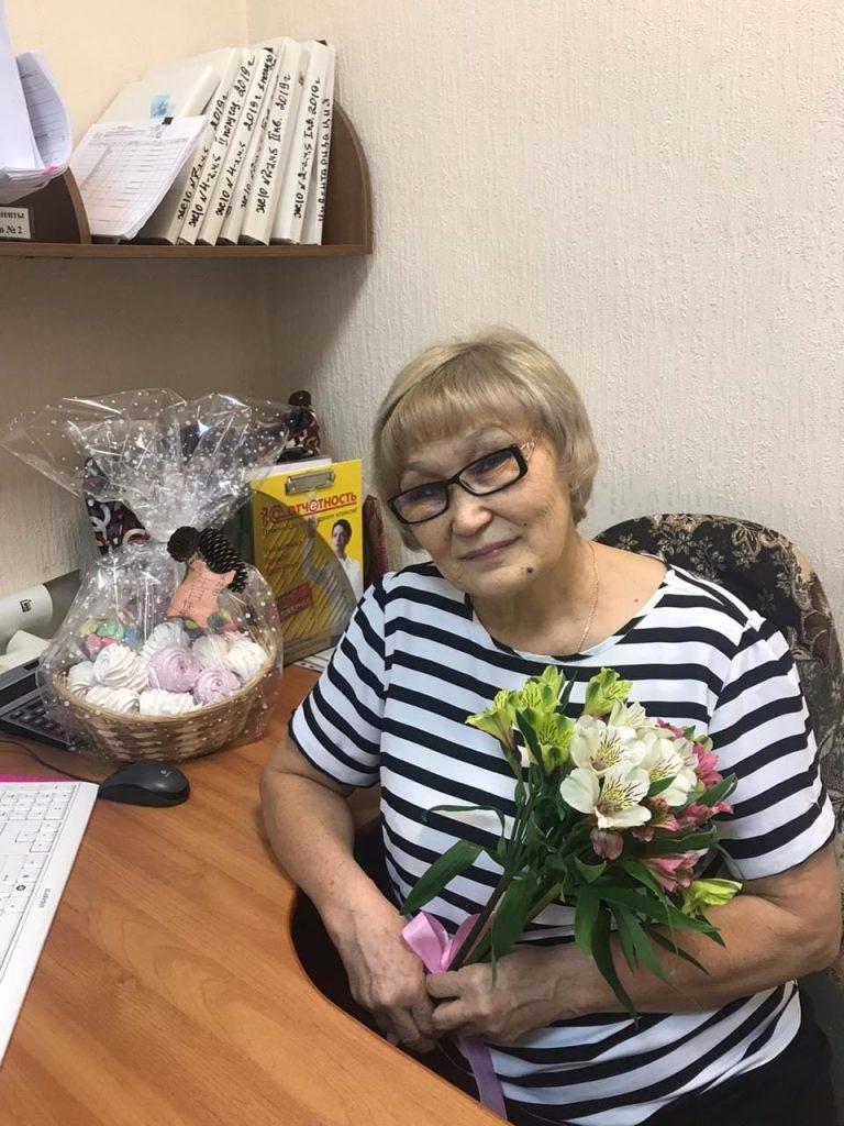 С днём рождения, Валентина Тулегеновна.